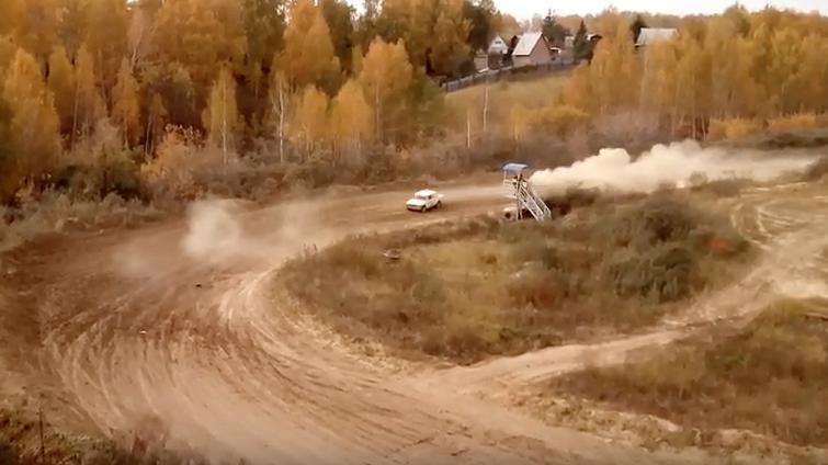 ВОмске на автомобильных гонках умер судья