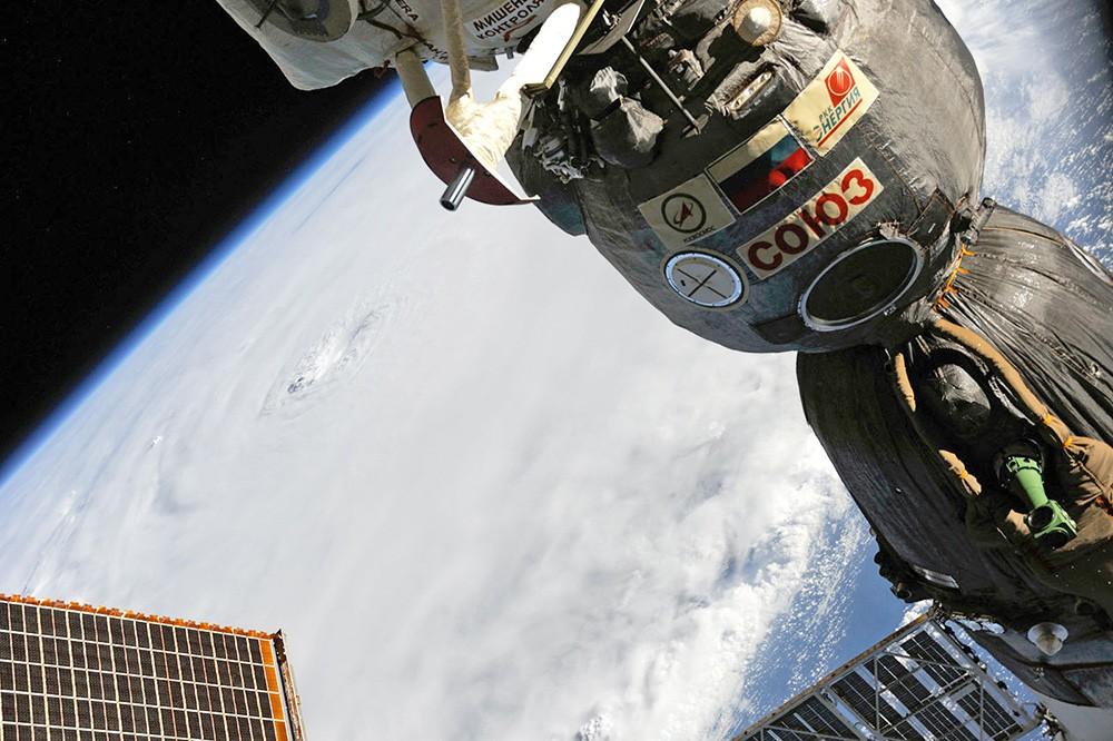 НАСА отказалось продлевать договор  сРФ надоставку космонавтов наМКС