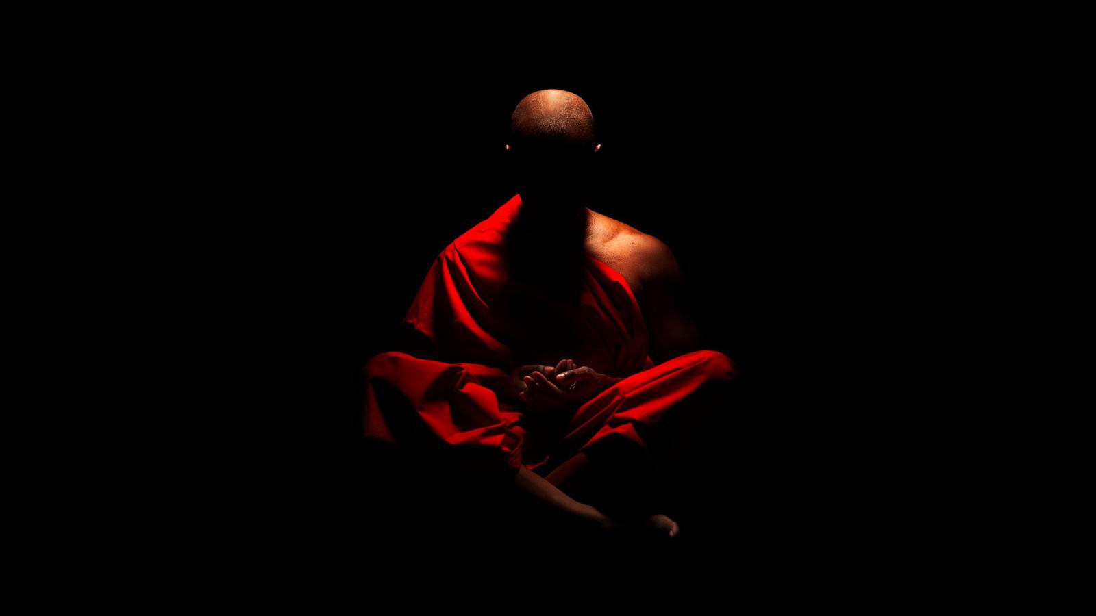 ВЯпонии арестовали буддийского монаха зарасплату фальшивками с17-летней проституткой