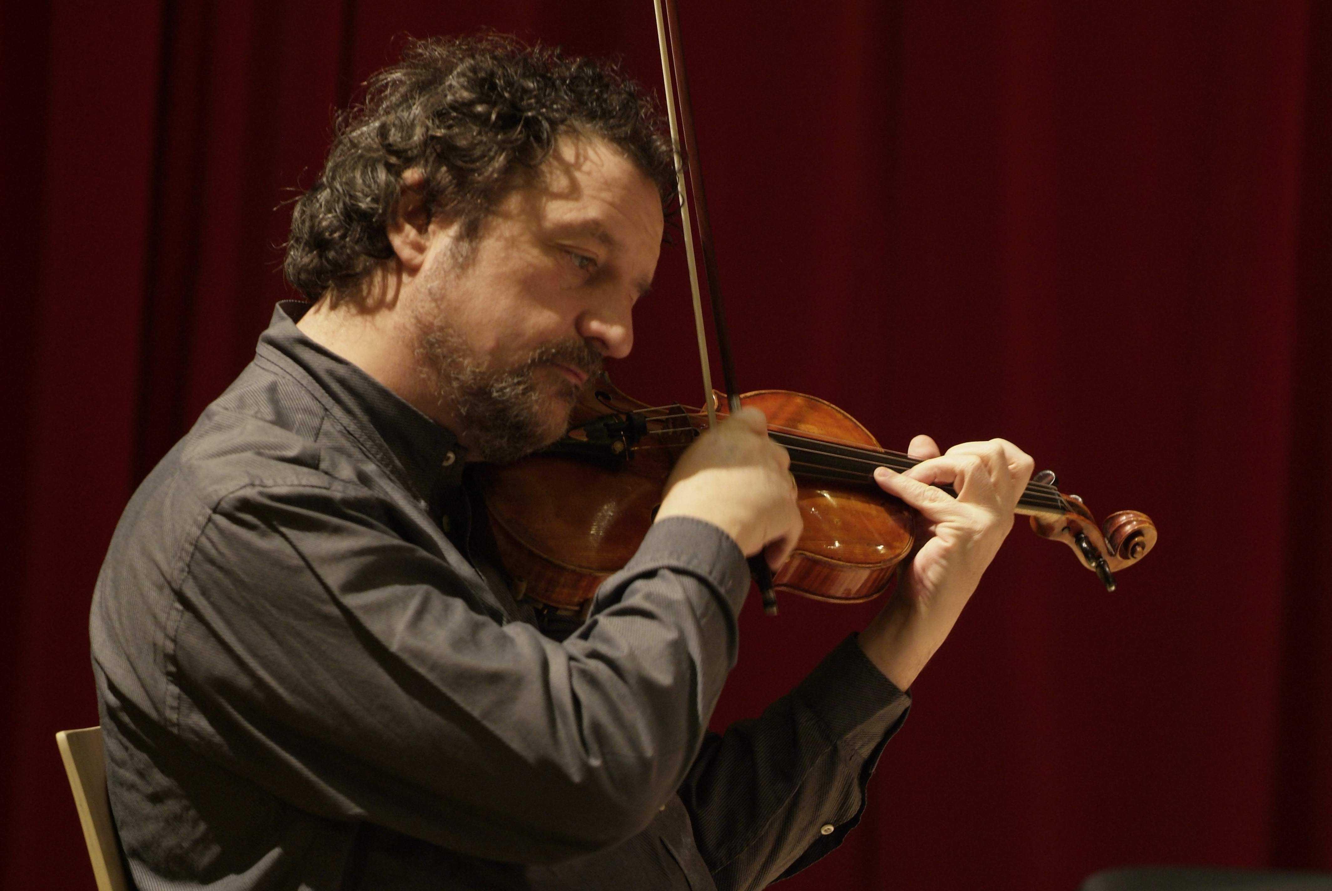 УПавла Верникова впоезде украли скрипку Гваданини 1747 года
