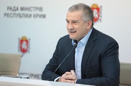Владимир Путин должен стать пожизненным президентом— руководитель Крыма