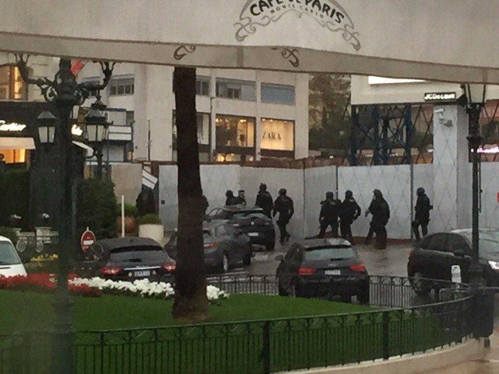 Неизвестные ограбили ювелирный магазин Cartier вМонако