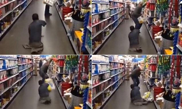 Зомби держит в страхе американские супермаркеты