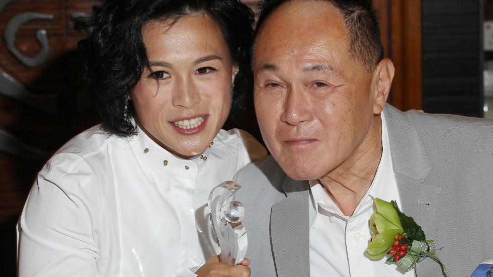 Гонконгский миллиардер выплатит любому мужчине 180$ млн, если он будет его зятем