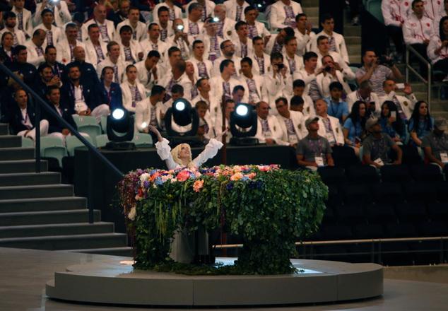 Леди Гага выступила наоткрытии Европейских игр вБаку: фото ивидео