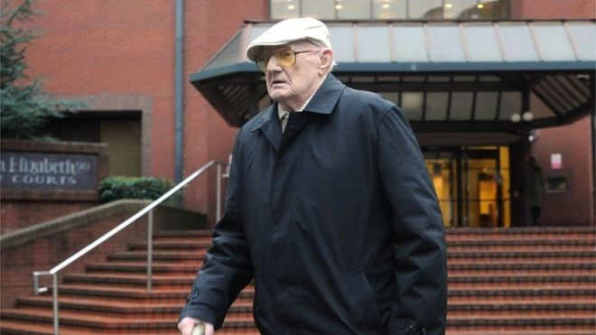 Английского 101-летнего педофила приговорили к13 годам тюрьмы