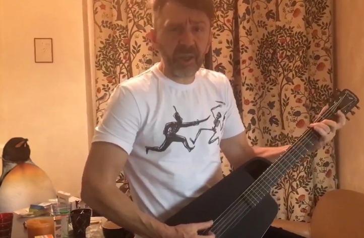У «Ленинграда» вышел новогодний ролик сУргантом