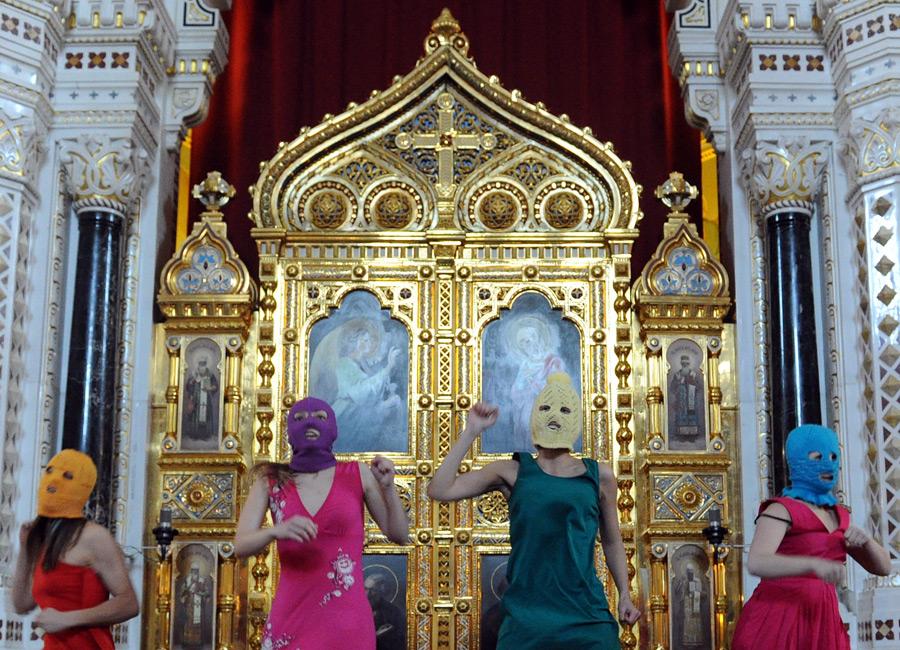 FEMEN и Pussy Riot. Кто милосерднее, православные или мусульмане?
