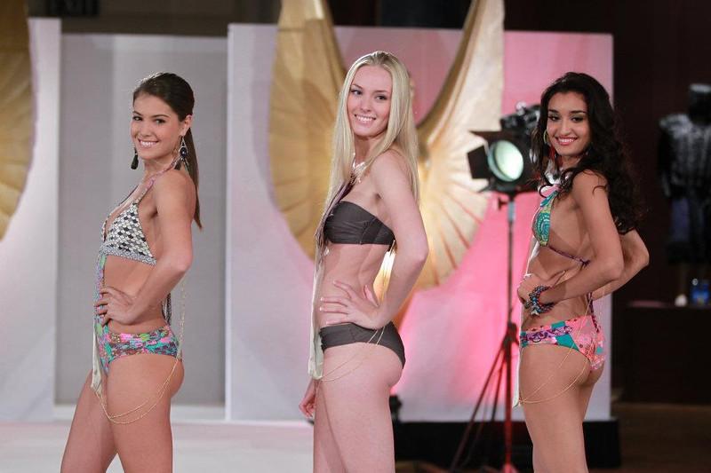 Конкурсантки «Мисс мира-2011» разделись до купальников (ФОТО) 0005-387817101504377534799742663600-L