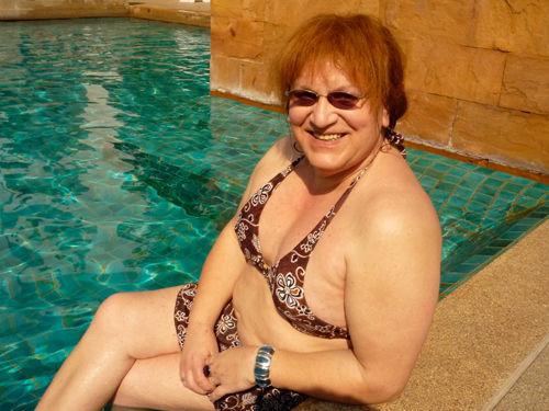 lyubovnie-otnoshenie-s-transvestitami-iz-pitera