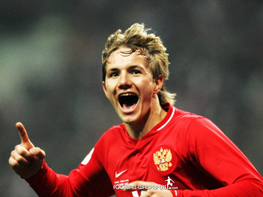 Роман Павлюченко продан в «Локомотив Москва